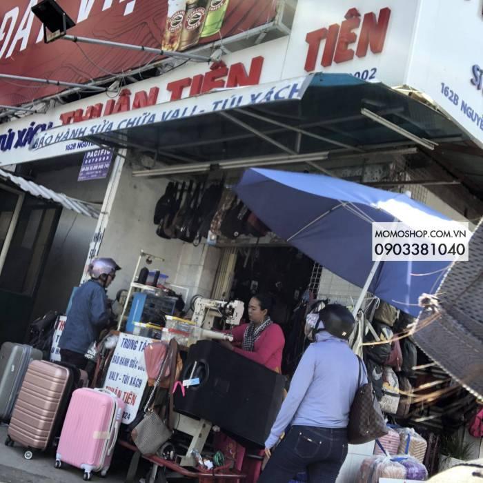 Cửa hàng Thuận Tiên Nguyễn văn cừ sửa vali , túi xách , balo , cặp đi học