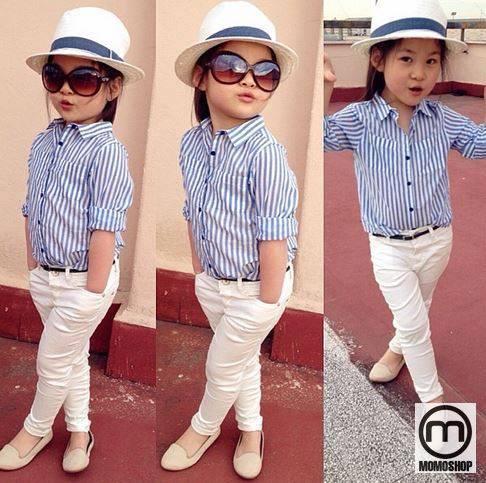Bé gái nhà bạn sẽ trông rất năng động và thời trang khi bạn biết cách phối màu cho áo.