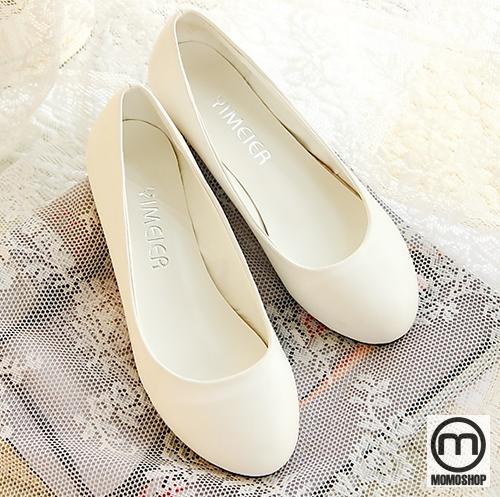 Shop Giày Khổng Lồ - Cung cấp thời trang giày bigsize dành cho cả nam và nữ