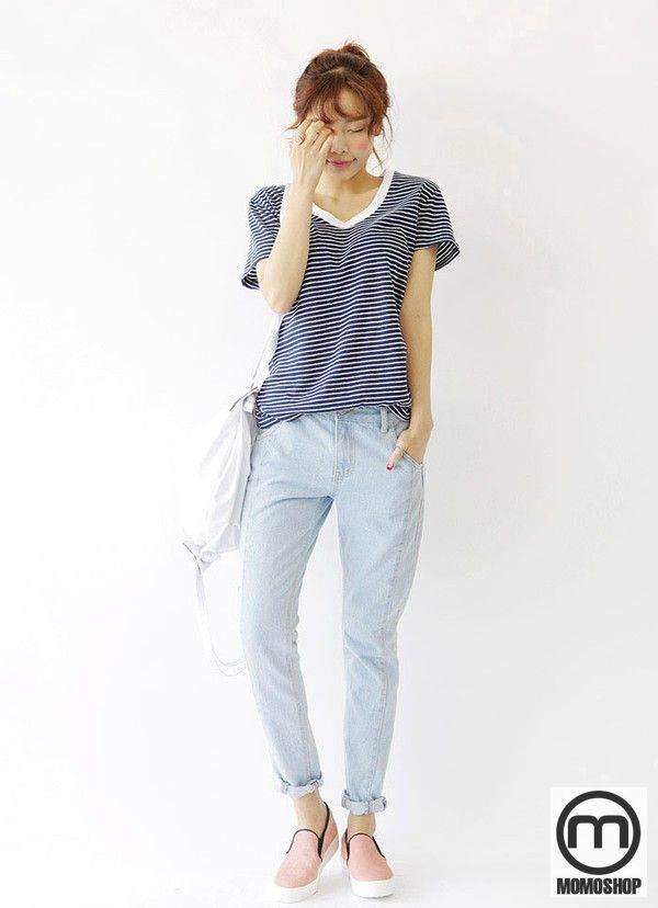 Mix giày slip on với quần jean và áo thun