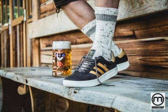 Giày thể thao chống nước - Adidas Originals München Oktoberfest