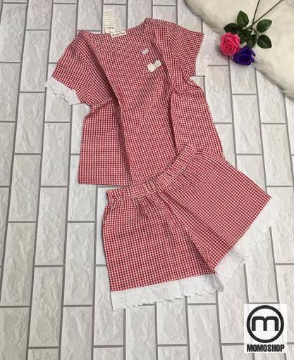 Trang phục từ chất liệu vải kate