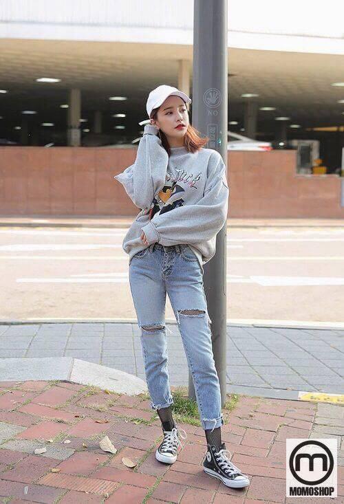 Kết hợp sweater với skinny jeans: cá tính và năng động
