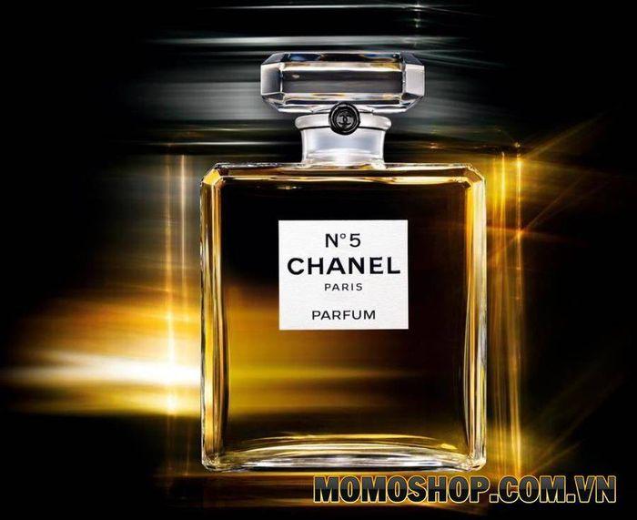 Nước hoa Chanel No. 5 - Nước hoa bán chạy nhất mọi thời đại