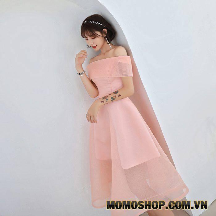 Váy dạ hội màu hồng nữ tính, dịu dàng