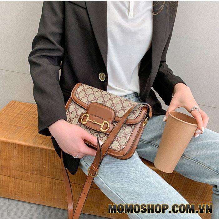 Túi đeo chéo nữ thời trang họa tiết