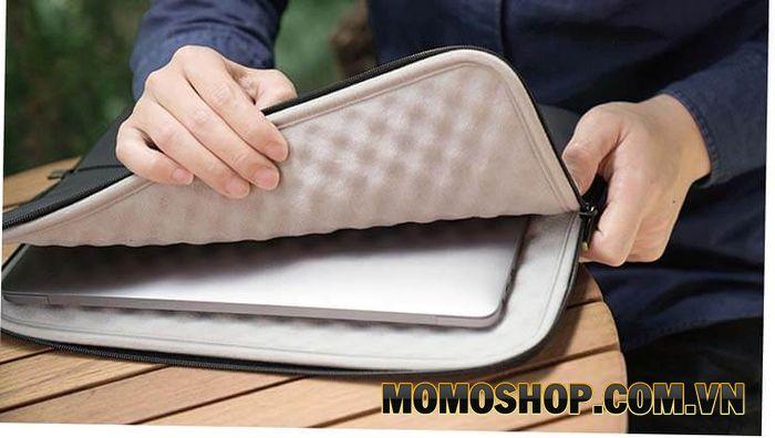 Tác dụng của túi chống sốc cho laptop