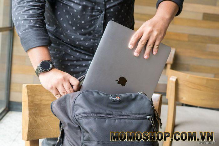 Tìm hiểu chung về balo laptop