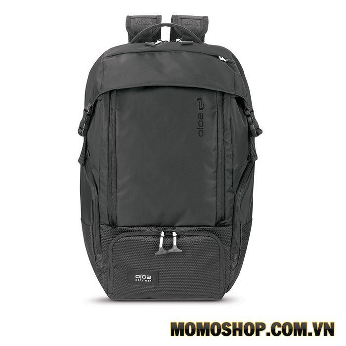 Balo laptop Solo Varsity Elite 17.3 ″ VAR702-4 mạnh mẽ, cá tính