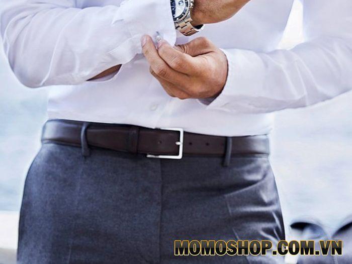 Thắt lưng nam khi kết hợp với quần tây sẽ tạo điểm nhấn cho bộ trang phục