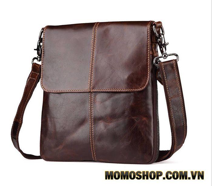 Túi đeo chéo nam da bò nâu dáng dọc nhiều ngăn - TM18