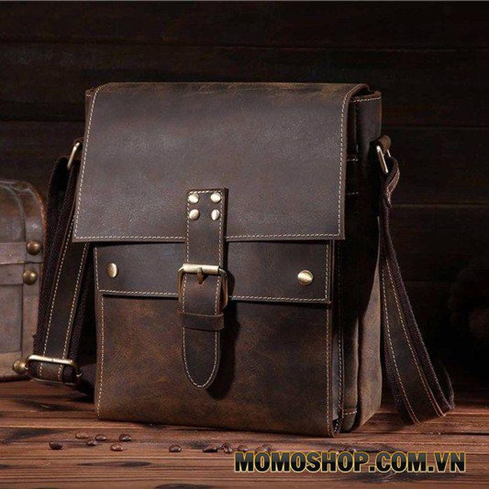 Túi đeo chéo nam da bò sáp nhiều ngăn
