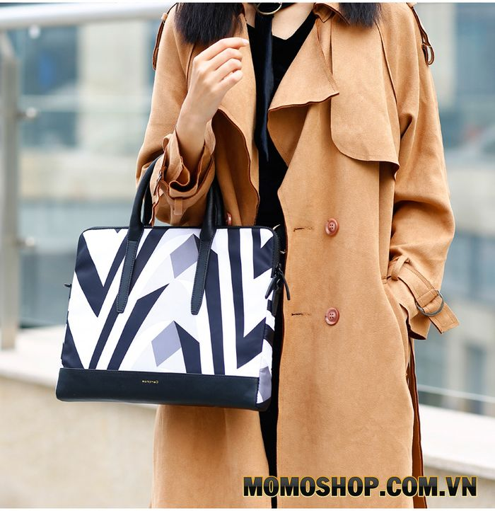 Túi xách laptop nữ thời trang Cartinoe Zebra - Hiện đại và sang trọng là những gì mẫu túi này mang lại